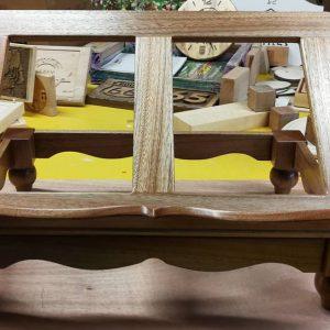 Leggio in legno massello