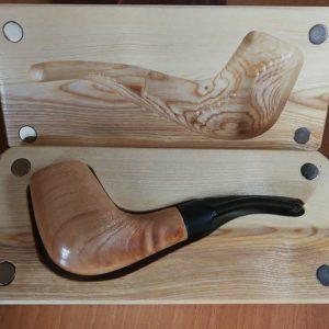Pipa in legno lavorato a mano
