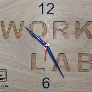 Orologio con scritta personalizzata